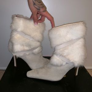 Nine West Grey boots with rabbit fur